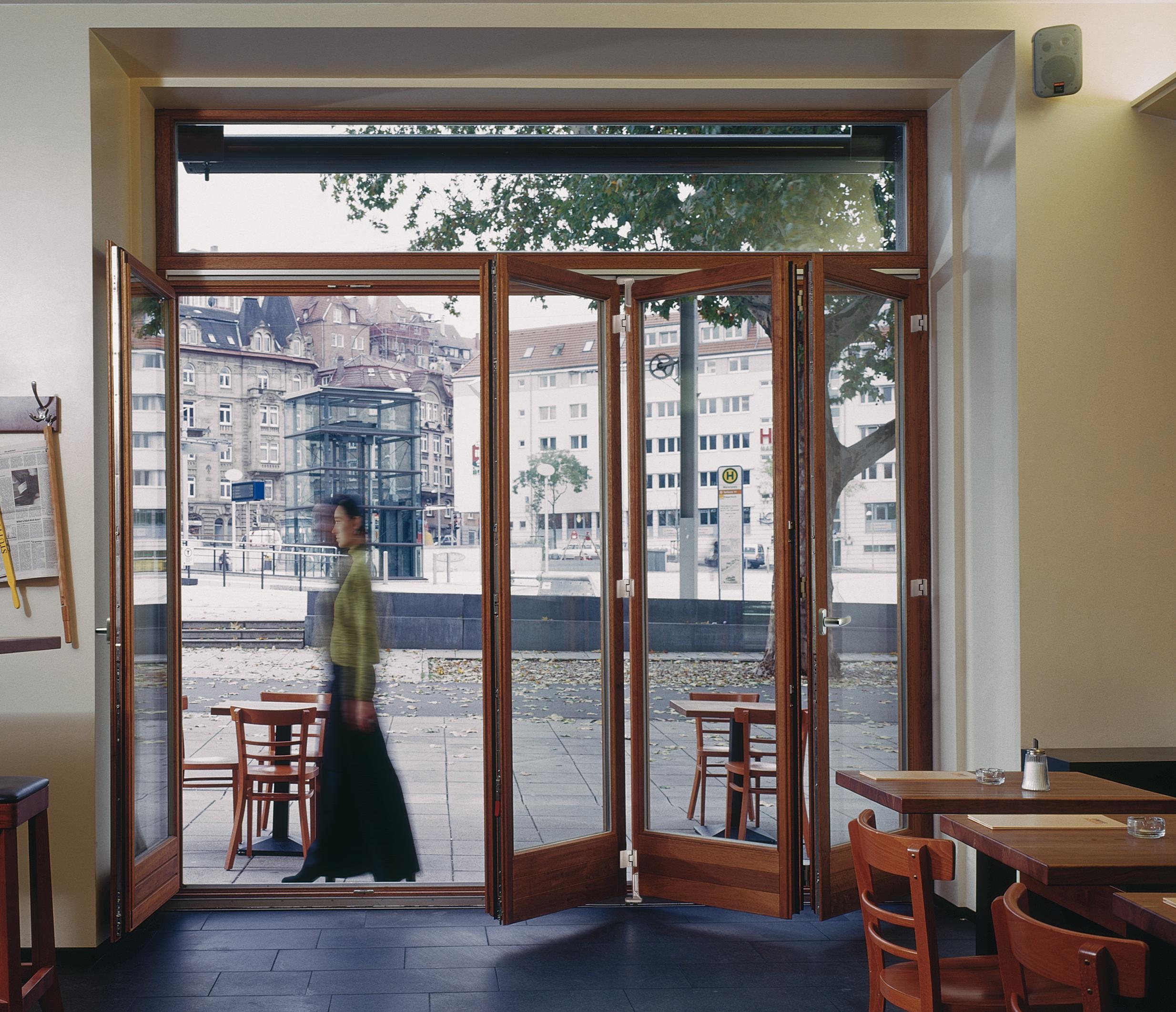 Система складных дверей patio 6080 гармошка.